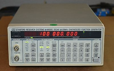 Stanford Research DS345 Function/Arbitrary Waveform Generator, 30MHz opt 01 GOOD