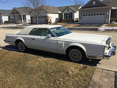 1978 Lincoln Continental Vinyl faux convertible top 1978 Lincoln Continental Mark V
