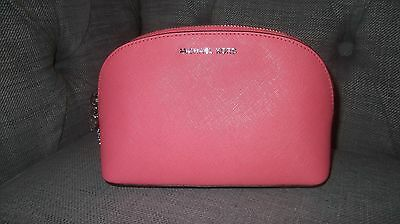 michael kors alex saffiano leather make up bag with heart charm zipper see descr