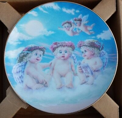 Dreamsicles Angels Cherubs Plate The Flying Lesson Decorative Collectible NIB