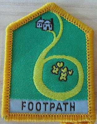 Brownie Girl Guide Historic Journey Badge - footpath yellow border