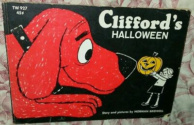1966 CLIFFORD'S HALLOWEEN Big Red Dog by N. Bridwell Book First Printing Edition