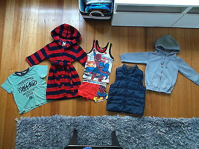 BULK LOT Boys Tee Hoodie Vest Robe PJs Neon Mossimo Cotton On Target Size 2 to 4
