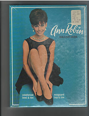 NEW - VINTAGE 1960s Ann Robin Seamless Mess Nylon Stockings - 3 Pairs in package