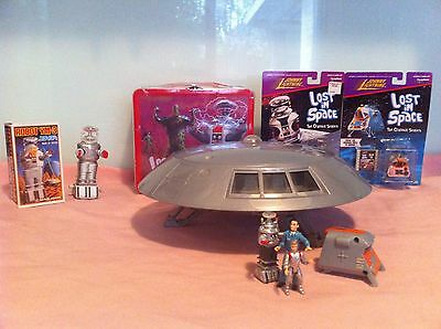 Lost In Space  Trendmasters Jupiter 2,wind Up B9 Robot,space Pod, Lunchbox Lot