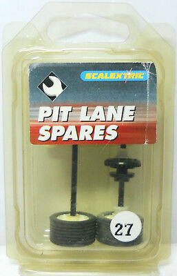 Scalextric Pit Lane Spares No C8097  - PLS 27 Axle Assembly