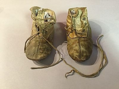 Antique Ivory Leather Baby Shoes