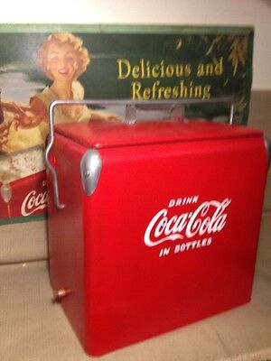 vintage coca cola cooler Is Painted 12x18x18 Inch Tall
