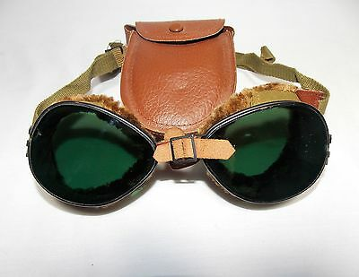 Vintage WWII Military Division US Army FGCO Mountain Ski Green Glass Goggles