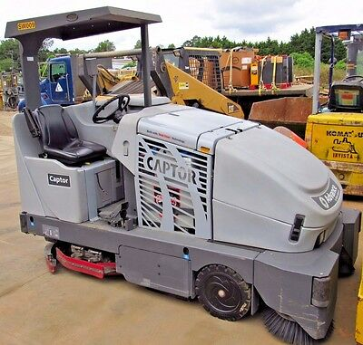 2009 Nilfisk Advance Captor 4800 Electric Industrial Rider Sweeper Scrubber