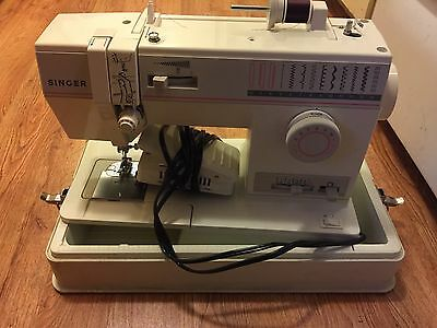 HEAVY DUTY SINGER MODEL 9010 FREE ARM SEWING MACHINE - Upholstery - Denim