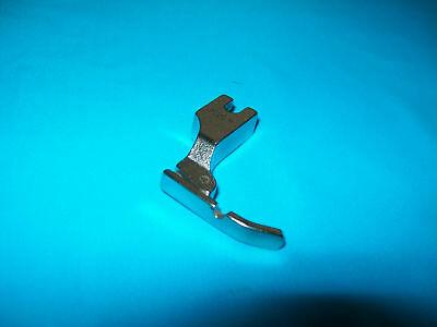 Narrow Right Zip Foot For Industrial Plain Machines.