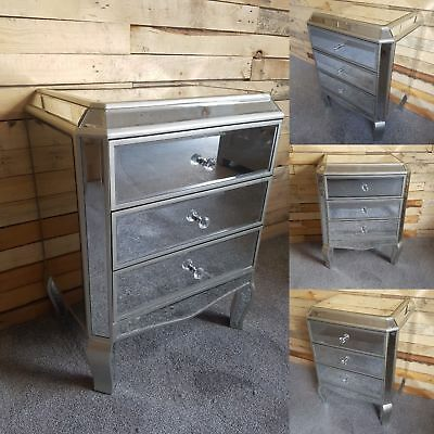 Pair Of Venetian Mirrored Glass 3 Drawer Bedside Tables Chest Of Drawers