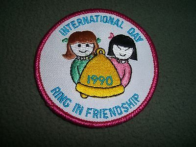 1990 INTERNATIONAL DAY RING IN FRIENDSHIP NOS Patch, 3""