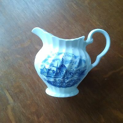 Johnson Brothers Tulip Time 20oz Pitcher