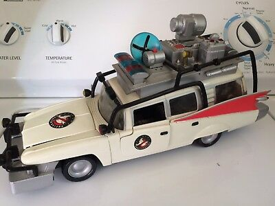 Extreme Ghostbusters Ecto 1