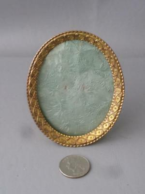 Antique Vtg French Gilt Bronze Miniature Portrait Convex Glass Picture Frame