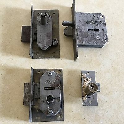Antique / vintage cabinet locks - lot of 4 - no keys - FREE SHIPPING