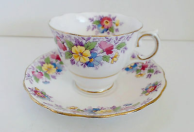 Colclough English Bone China Cup & Saucer Floral Gold Trim VTG 1945-48
