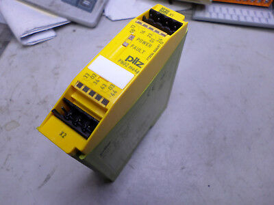 Pilz Safety Relay Expansion Module 4 Output -- 773356 -- Pnoz-Mo4P-4N/o