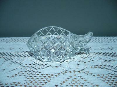 Vintage Crystal Fish Shaped Napkin Ring - Diamond Pattern - Very Good Condition