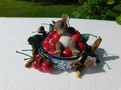 """Charming Tails  by Fitz & Floyd Figurine """"Life is a Bowl Full of Cherries"""""""