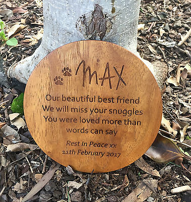 Round Shape Pet Memorial Plaque personalised wood for outdoor use
