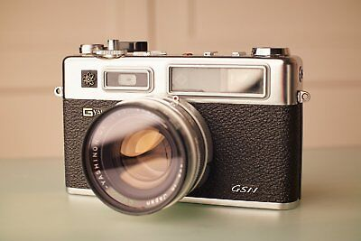 Near Flawless Retro 70's Yashica Electro 35 GSN - Working over/under meter