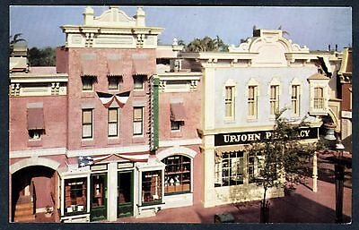 1950s DISNEYLAND MAIN STREET U.S.A. with UPJOHN PHARMACY~VINTAGE UNUSED POSTCARD