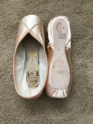FREED Classic Pro 90 Pointe Shoes 4 1/2 X