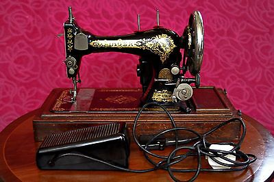 SINGER SEWING MACHINE - 28K ELECTRIC POWERED - SHUTTLE - CASED -EARLY 1900's