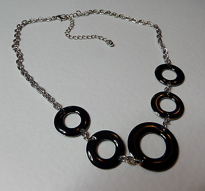 "LOVELY BLACK ENAMEL RINGS SHORT SILVER PLATED CHAIN NECKLACE 16"" 40 cm"