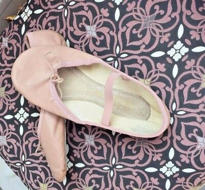 Capezio Ballet Dance Shoes-PINK all leather, size 1 W? GIRL'S pre-owned EXC cond