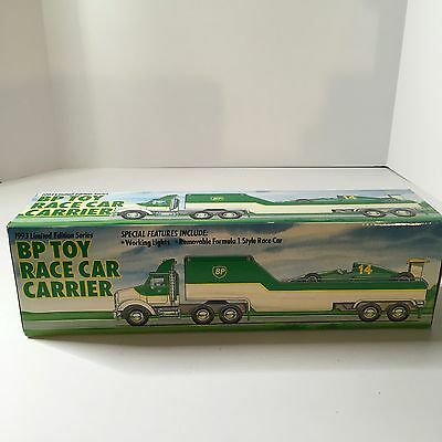 NEW 1993 BP Toy Truck Race Car Carrier Formula 1 Lights  Limited Edition