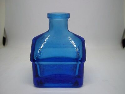 Small VTG Cobalt Blue WHEATON GLASS MINIATURE SCHOOLHOUSE INK BOTTLE
