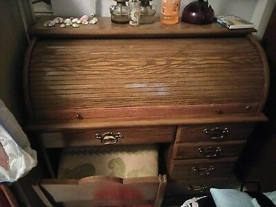 Riverside furniture Roll top desk