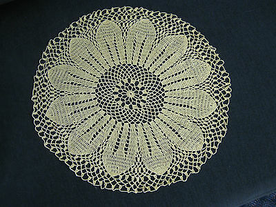 Sunflower Daisy Flower round vintage hand crochet doiley yellow table centre mat