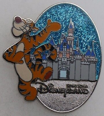 Disney Character and Castle Collection Tigger Pin R1