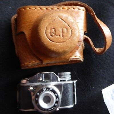 Vintage 1950's Subminiature Q P Camera In Box With Original Instructions