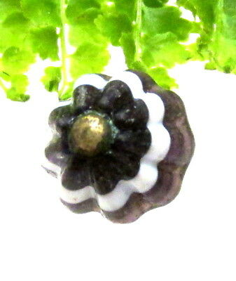 Antique Purple & White Fluted Glass Charmstring Button W/ Pin Shank P32