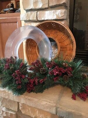 Longaberger 2007 Wreath Holiday Basket w/ Protector And Garland