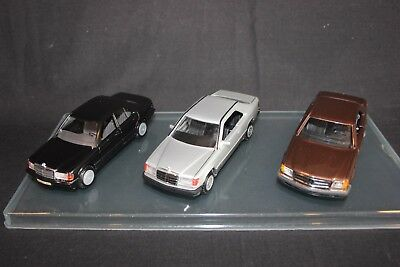 Cursor / NZG Mercedes-Benz set of 3 models 1:35 190E / W124 CE / W126 SEC (JS)