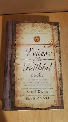 Voices of the Faithful - Book 2 : Inspiring Stories of Courage from Christians …