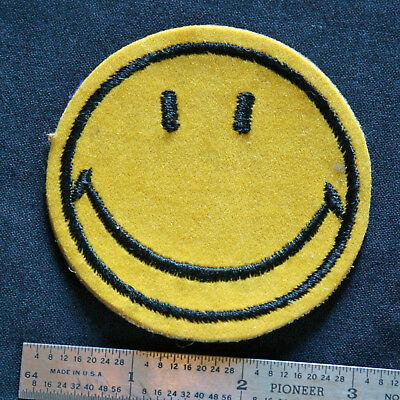 """Vintage 3"""" HAPPY FACE Patch (1 of 2)"""