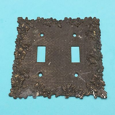 Vtg Metal Brass Double Light Switch Plate Cover Floral Ornate Flowers 3109 MCCO