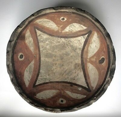 Small LAGUNA DECORATED POTTERY BOWL, c. 1910-30s