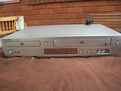 SAMSUNG DVD-V70 VHS VCR Tape Recorder Combo Player.NO REMOTE