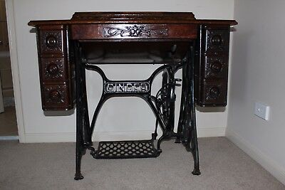 Antique treadle singer sewing machine UNIQUE working order! With accessories