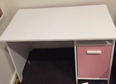 Children's Desk - Pink And White. Almost New!