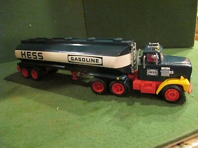 Vintage 1984 Hess Truck Oil Gas Fuel Tanker Tank Coin Bank